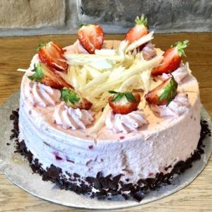Celebration Cake – Strawberry Gateau
